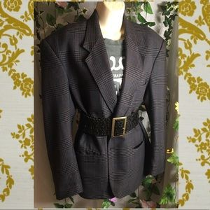 Oversized plaid boxy blazer